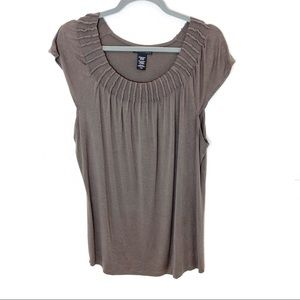 Apostrophe Women Brown French Sleeve Top - Size XL